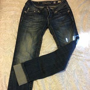 Gorgeous Miss Me Fleur de Lis Pocket Jeans Size 28